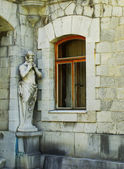 Statues of Satyr, Masandra Palace, Crimea peninsula — Stock Photo
