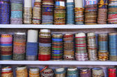 Display of colorful bracelets, Bundi, Rajasthan, India — Stock Photo