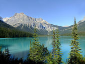 Emerald Lake, Yoho National Park, British Columbia, Canada — Stock Photo