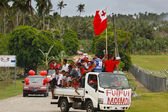 People celebrate arriving Fuifui Moimoi on Vavau island, Tonga — Stock Photo
