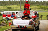 People celebrate arriving Fuifui Moimoi on Vavau island, Tonga — Foto de Stock