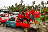 People celebrate arriving Fuifui Moimoi on Vavau island, Tonga — Stock Photo