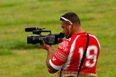 Tongan man taking video of Fuifui Moimoi arriving on Vavau islan — Stock Photo