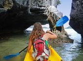 Young woman kayaking in Ang Thong National Marine Park, Thailand — Stock Photo