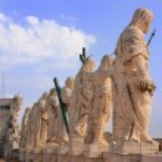 Statues of Saints, St Peters Basilica, Vatican City, Rome — Stock Photo #44004059
