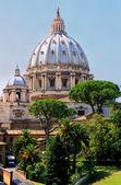 Saint Peters Basilica, Vatican City, Rome — Stock Photo