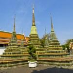 Stupas at Wat Pho temple in Bangkok, Thailand — Stock Photo #40293343