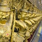Golden garuda statues at Wat Phra Kaew Temple in Grand Palace in Bangkok — Stock Photo
