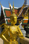 Golden buddha at Wat Pho temple in Bangkok, Thailand — Foto de Stock