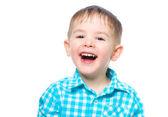 Retrato de um menino lindo e risonho — Fotografia Stock