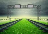 Iki demiryollarından inşaat ile ekolojik taşımacılık/nakliyat — Stok fotoğraf