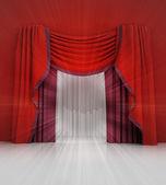 Stängt röd gardin scen med vitt ljus flare — Stockfoto