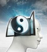 Ziel harmony afkomstig is uit of in menselijk hoofd met hemelachtergrond — Stockfoto
