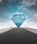 Diamant sur l'autoroute menant à la richesse avec flare de ciel — Photo