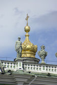 View Winter Palace square in Saint Petersburg. — Stock Photo