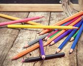 異なる塗料の鉛筆 — ストック写真