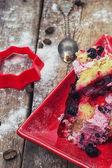 Crushed fruit cake — Stock Photo