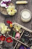 Kompozycja z narzędzia do szycia i dekoracje — Zdjęcie stockowe