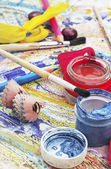Brushes and paints for art drawing — Stock Photo