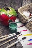 Borstels en verf voor het schilderen — Stockfoto