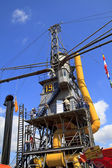 Visiting huge steam crane in Dordrecht — Stock Photo