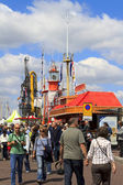 Crowds on the waterfront — Stockfoto
