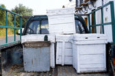 Beehives in the back of a truck — Stockfoto