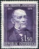 Un francobollo stampato in austria, è dedicata al 150 ° anniversario del barone carl von rokitansky, intorno al 1954 — Foto Stock