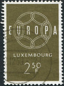LUXEMBOURG - CIRCA 1959: A stamp printed in Luxembourg, shows 6-Link Enless Chain, and the word EUROPE, circa 1959 — Stock Photo