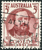 A stamp printed in Australia, shows Edward Hammond Hargraves, circa 1951 — Zdjęcie stockowe