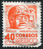 MEXICO - CIRCA 1951: A stamp printed in the Mexico, shows a giant stone head Olmec, La Venta, circa 1951 — Stock Photo