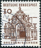 A stamp printed in Germany, shows Wall pavilion, Zwinger — Stock Photo