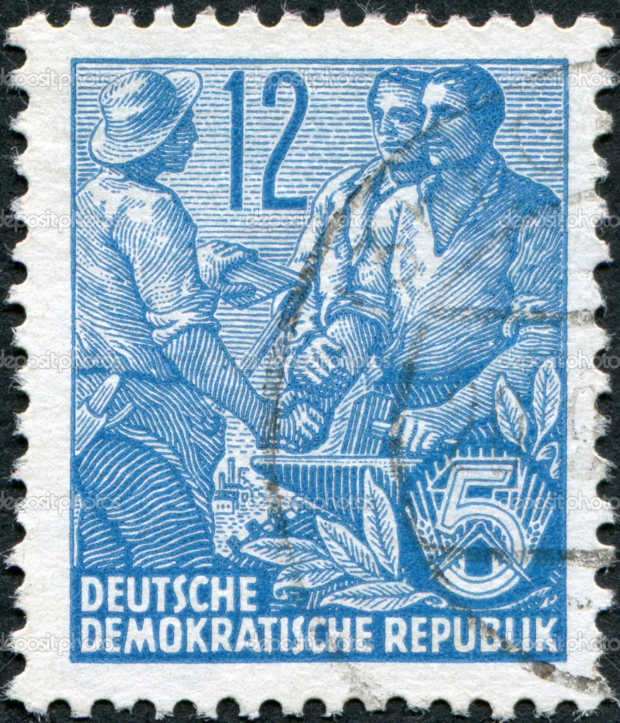 DDR - CIRCA 1953: A stamp printed in DDR, shown Worker, peasant and intellectual, circa 1953 — Stock Photo #12756306