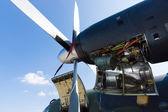 детали самолета двигатель локхид мартин c-130j «супер» геркулес — Стоковое фото