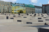Memorial to the Murdered Jews of Europe in the background five-star Hotel Adlon — Stock Photo