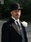 Portrait of a man in a bowler hat. Imperial Holiday (Kaiserfest) to Zoologischer Garten — Stock Photo