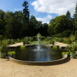 Fountain in front of the Sicilian garden and park Sanssouci. Podsdam. Germany — Stock Photo