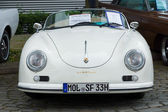BERLIN - MAY 11: Porsche 356 Speedster, 26. Oldtimer-Tage Berlin — Stock Photo