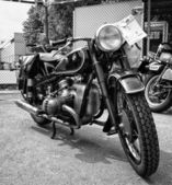 BERLIN - MAY 11: Motorcycle BMW R68 (black and white), 26th Oldt — Стоковое фото