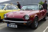 BERLIN - MAY 11: Fiat 124 Sport Spider, 26th Oldtimer-Tage Berli — Stock Photo