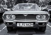 BERLIN - MAY 11: Car Mazda 929 (RX-4) Hardtop (black and white), — Stockfoto