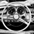 Cab Mercedes-Benz 190 SL (Black and White) — Stock Photo