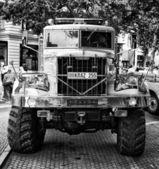 Soviet heavy truck KrAZ-255 (Black and White) — 图库照片