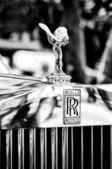 The emblem of Rolls-Royce, Spirit of Ecstasy (Black and White) — Stock Photo