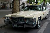 Cars Cadillac Fleetwood Brougham (Taxi) — 图库照片