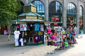 Sale of souvenirs on Kurfuerstendamm — Stock Photo