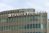 The emblem of Ernst & Young. — Foto de Stock