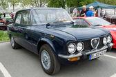 Italian sports sedan Alfa Romeo Nuova Super — Stock Photo