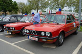 Cars rescue BMW 5 Series (E12), and the BMW 5 Series (E28) — Стоковое фото