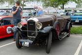 Francés coche retro amilcar modelo cc — Foto de Stock
